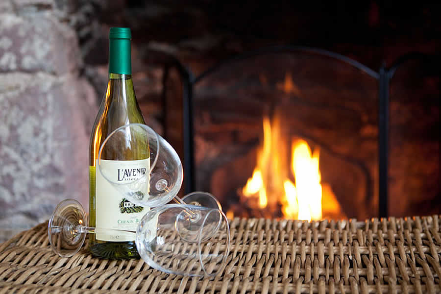 Have a nice glass of wine in our luxurious holiday cottage | Blue Monkey Cornwall