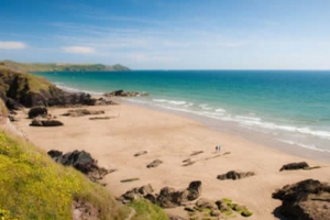 baby friendly beach cawsand cornwall